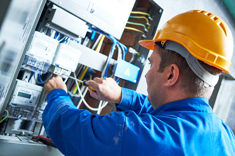 Become An Electrician in Eastbourne East Sussex